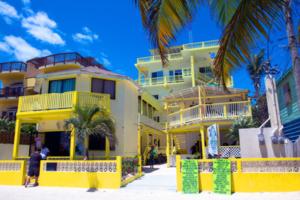 Costa Maya Cabanas